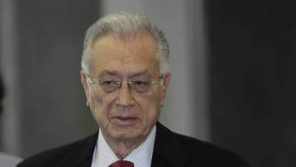 REALIZA MANUEL BARTLETT DÍAZ GIRA DE TRABAJO EN PUEBLA; RECORRE EL CENALTE Y EL CENTRO DE DISTRIBUCIÓN CENTRO ORIENTE