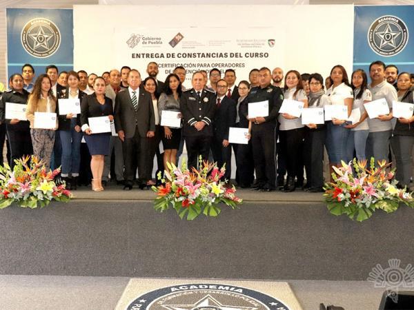 Entregan SSP y Consejo Estatal De Seguridad Pública certificados de prevención del delito