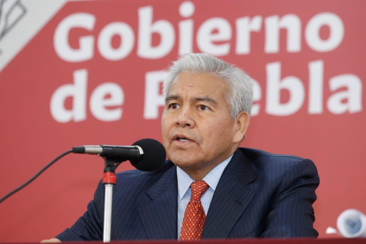 No hay persecución política sino un gran desaseo jurídico en la entrega de notarías: Ricardo Velázquez