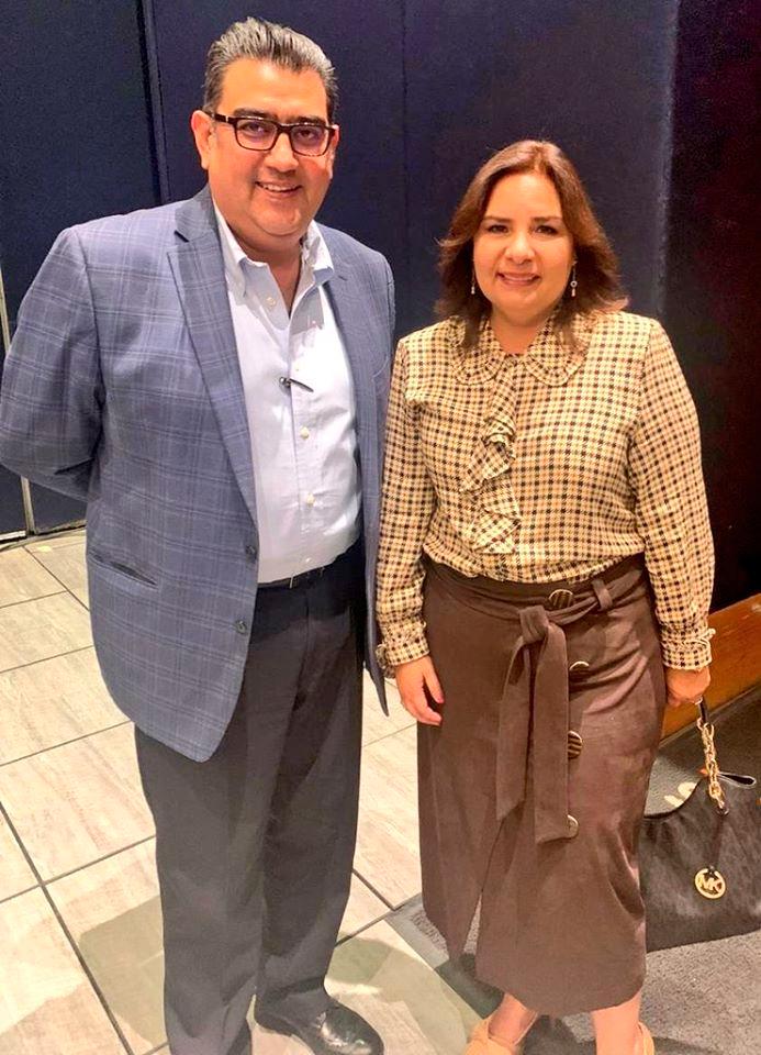 Beatriz Manrique, y el Presidente Municipal de Tepeaca, Sergio Salomon Cespedes Peregrina , sostuvieron una reunión de trabajo