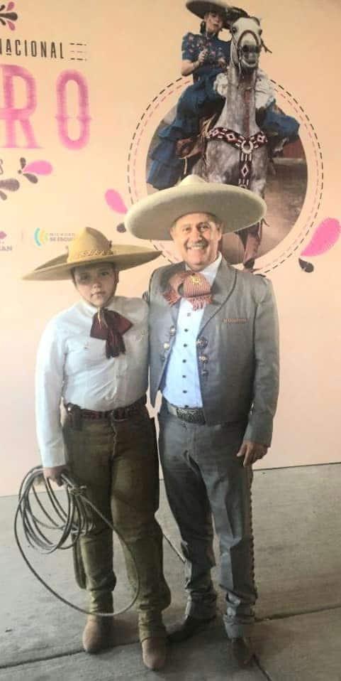 Leonardo Davila, acompañado Emir Arsenio Perez Zamora del Equipo Infantil de Uruapan
