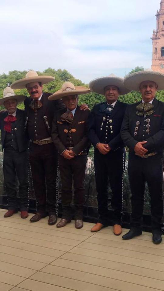 Miembros directivos de la FMCH, acompañados de su Presidente Leonardo Avila al termino de la asamblea general ordinaria de la Federación Mexicana de Charrería