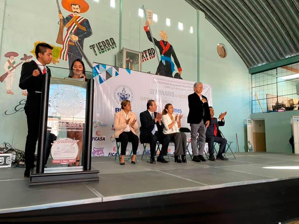 """El Presidente Municipal de Acatzingo, Puebla. Arq.Norberto Rosales García,  Inauguro  el """"Seminario de gestión empresarial para las MiPymes"""" de la BUAP"""
