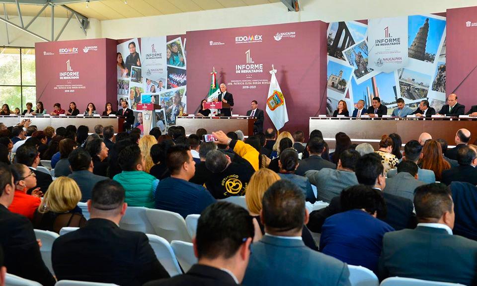 Asiste Alfredo del Mazo al Primer Informe de la Presidenta Municipal de Naucalpan