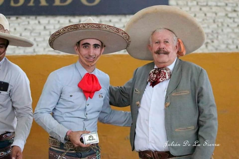 Charreada Navideña De Lujo, el Campeón Nacional Rancho Las Cuatas en un mano a mano con Charros de Jalisco