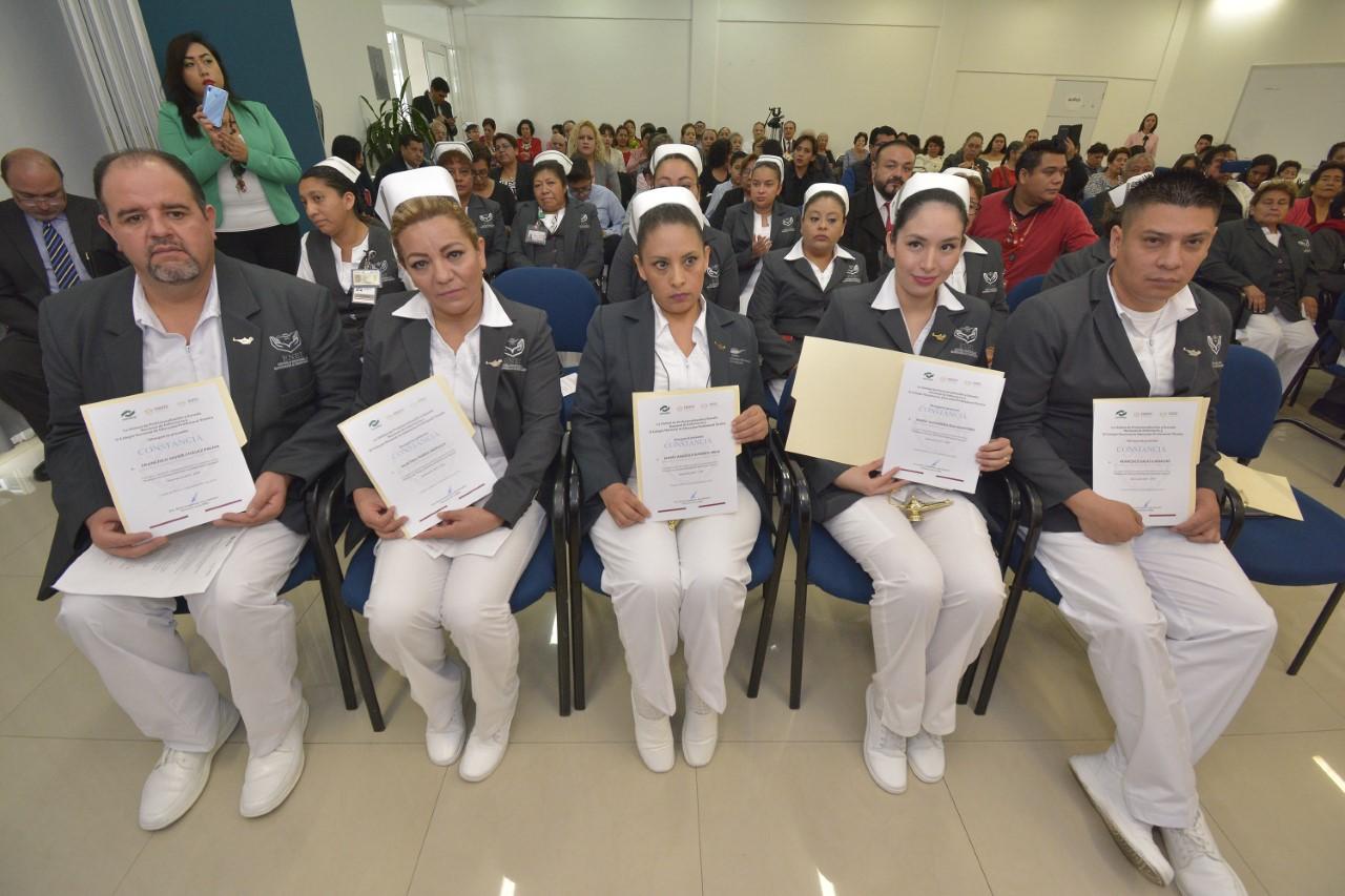 Logra el ISSSTE innovar programas educativos para personal de enfermería a favor de un mejor trato