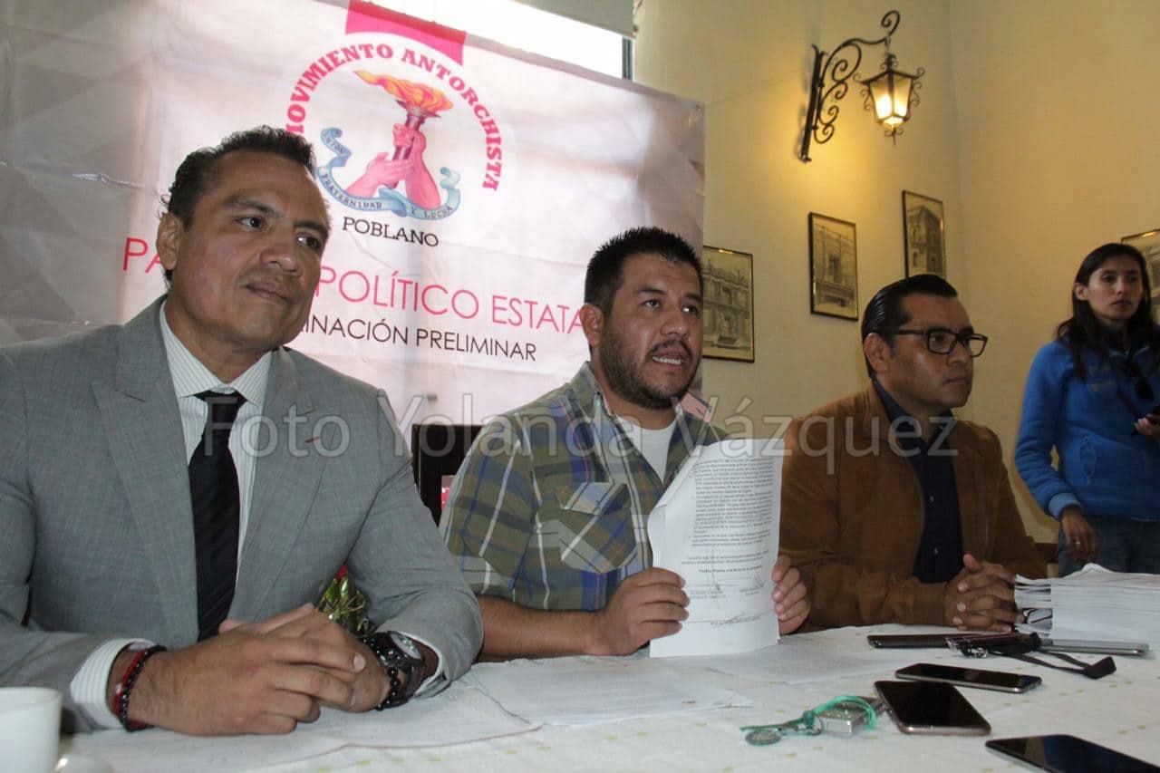 Movimiento Antorchista Poblanocumple con los requisitos solicitadospara ser partido político local y Podemos Puebla lo dejamos atrás y ahora no quieren dejar fuera: Aquiles Montaño Brito