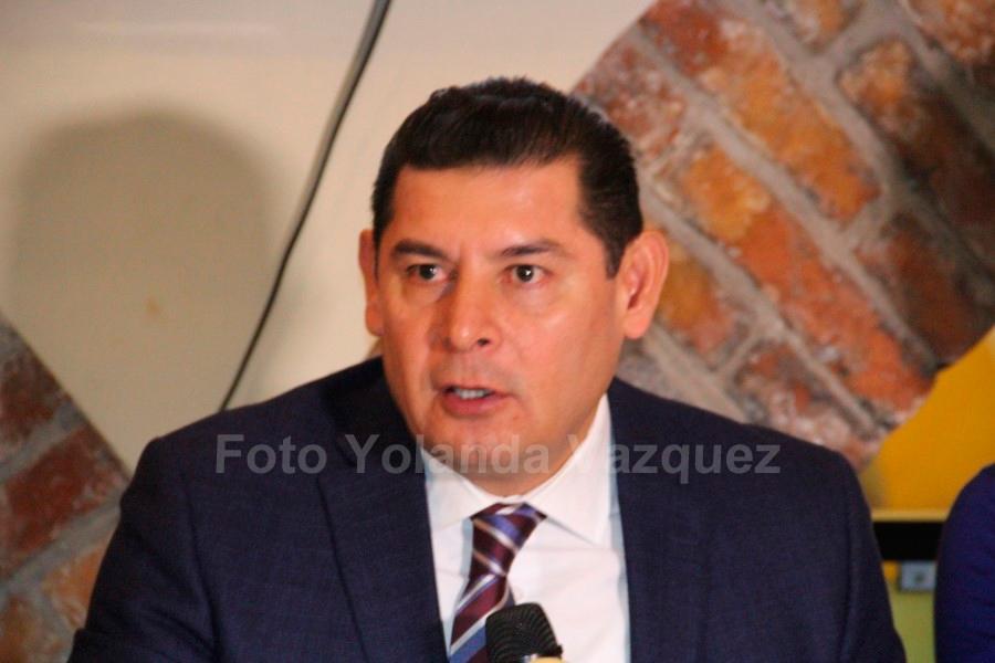 Pide Armenta Mier alcaldes de Morena incluida Rivera Vivanco corregir errores y ver lo que han hecho bien y trabajar en lo que no se ha hecho de manera correcta.
