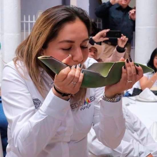 Día Nacional del Pulque la licenciada Evelyn Osornio, presidio el evento representando al Gobierno del Estado de México.