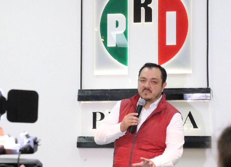 Toma protesta el delegado del CEN Américo Zúñiga Martínez como delegado en funciones de presidente en el PRI estatal