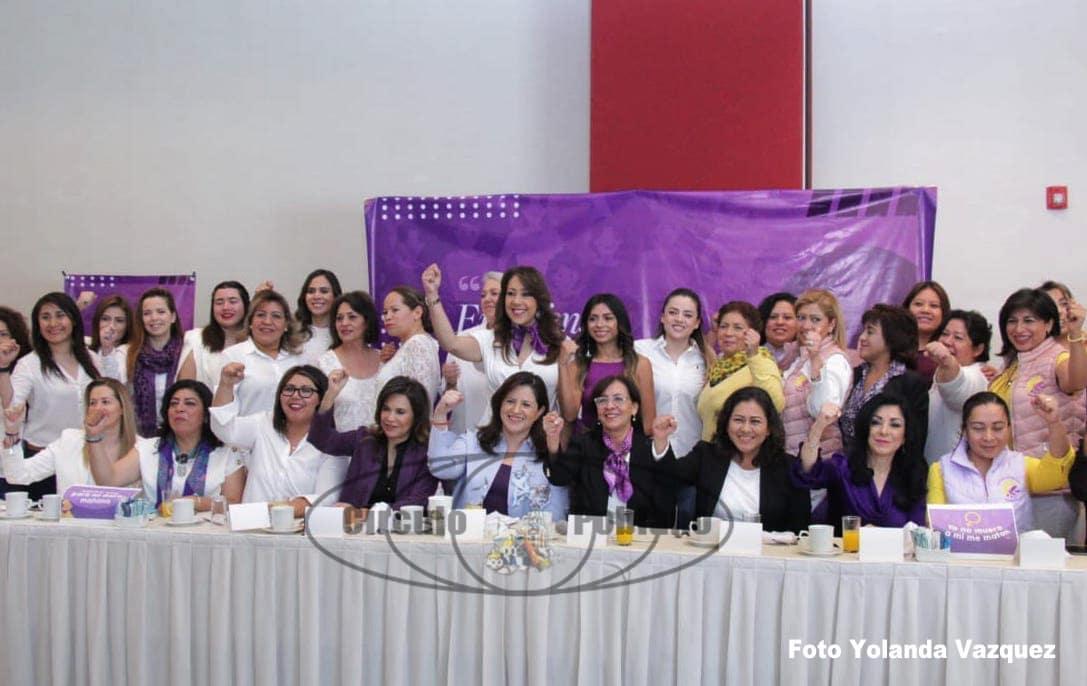 Se unifican mujeres de los diferentes partidos políticos en lapresentacióndel Decálogo Feminista contra la Violencia de mujeres