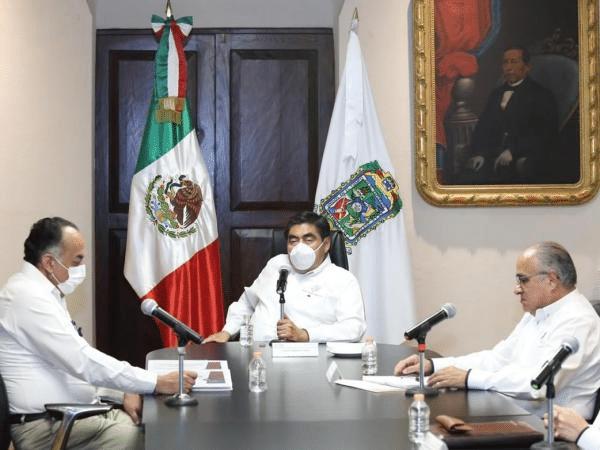impiar la vía pública de ambulantes para frenar transmisión de COVID-19, pide Barbosa Huerta a ediles