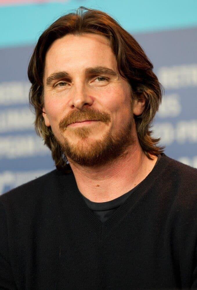 Trabajar como Christian Bale.
