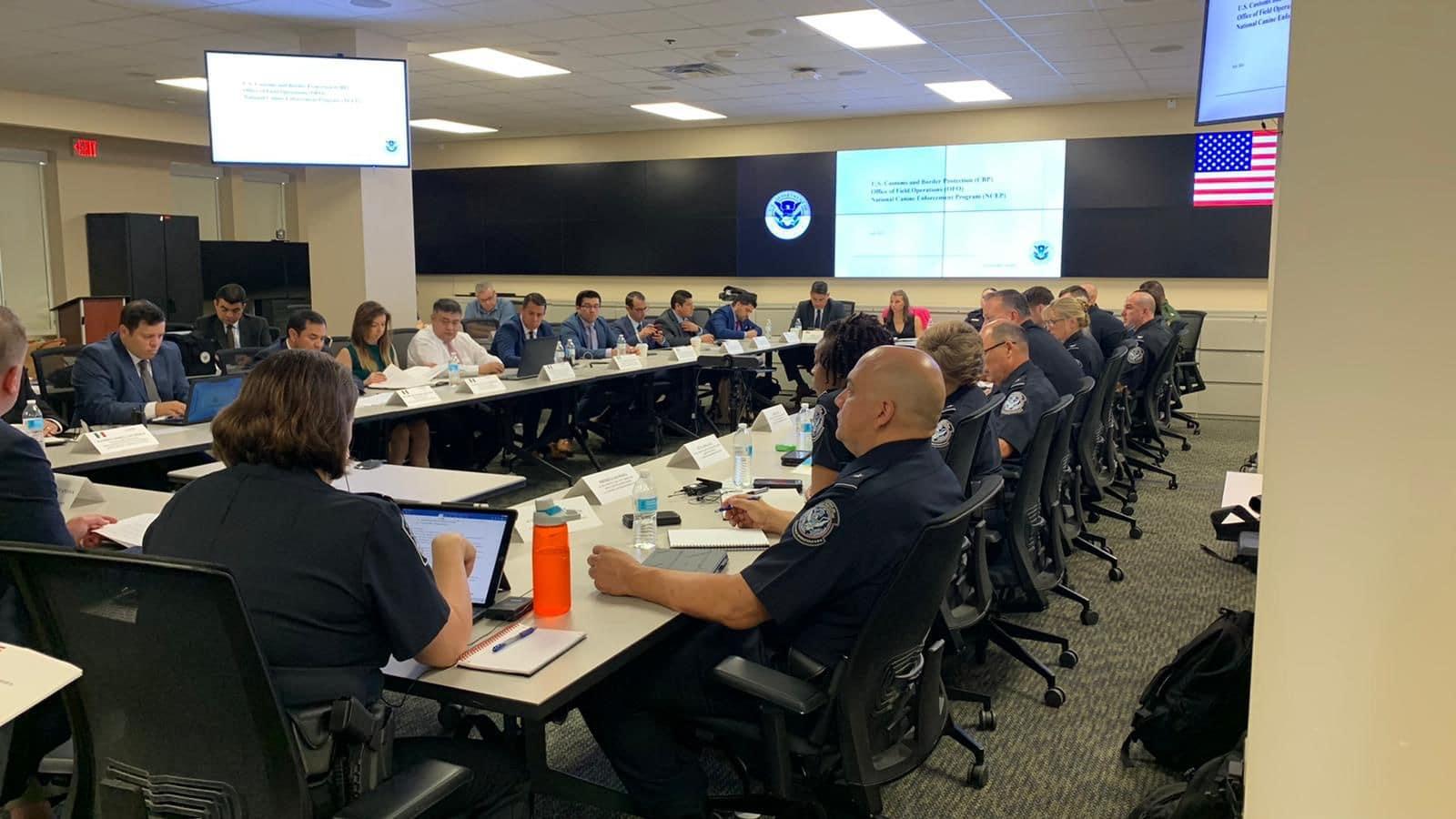 Reunión de trabajo con Oficina de Aduanas y Protección Fronteriza de EU, contra tráfico llícito de armas