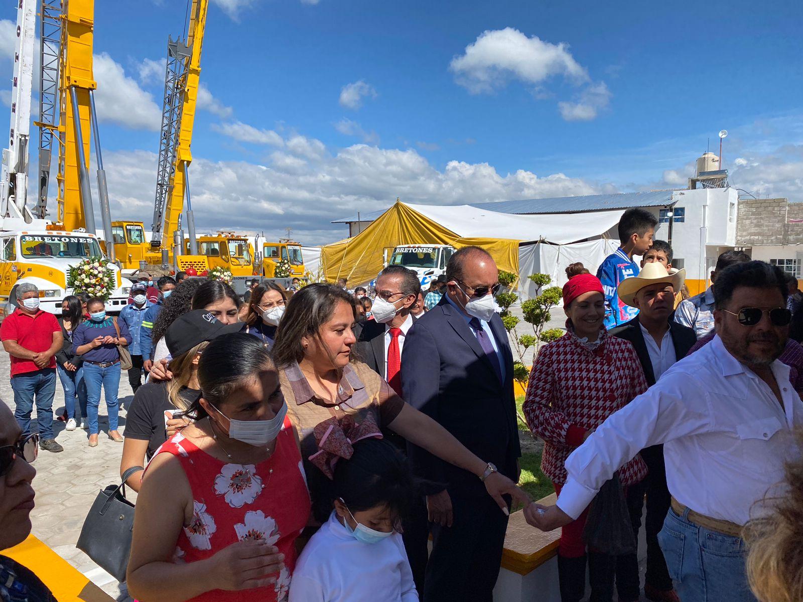 Fueron inauguradas las instalaciones de Gruas Bretón en Libres, Puebla